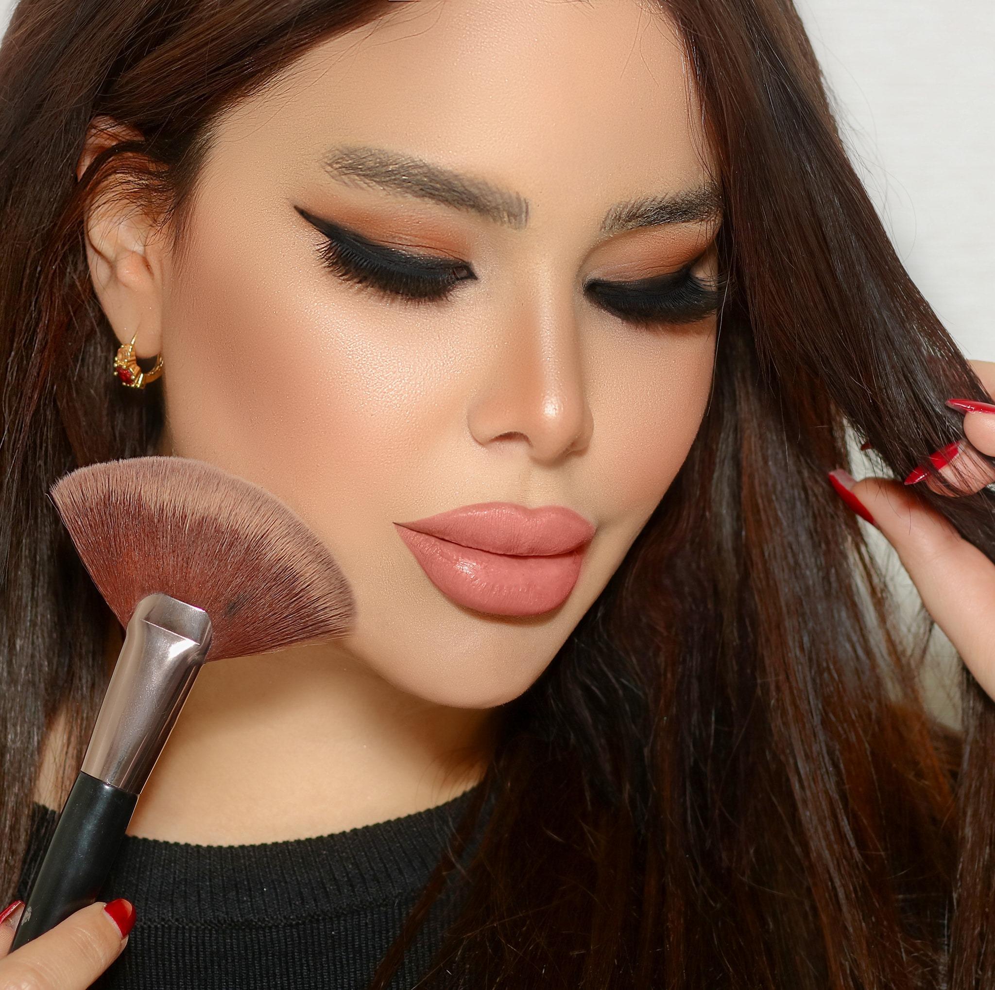 ياسمين أسبر - Yasmine Isreb